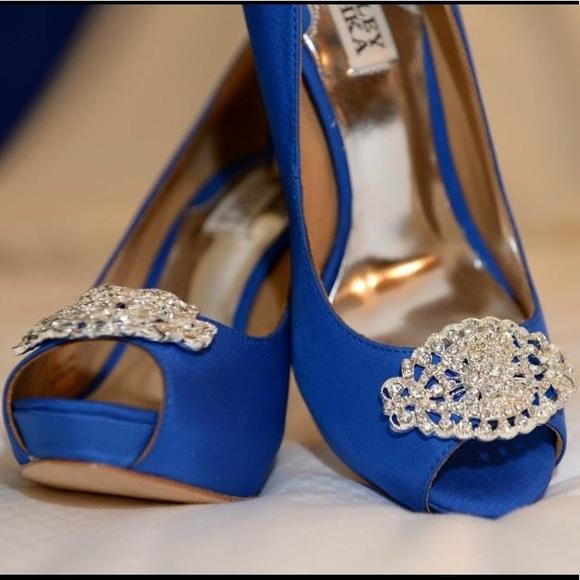 Badgley Mischka Blue Peep Toe Heels